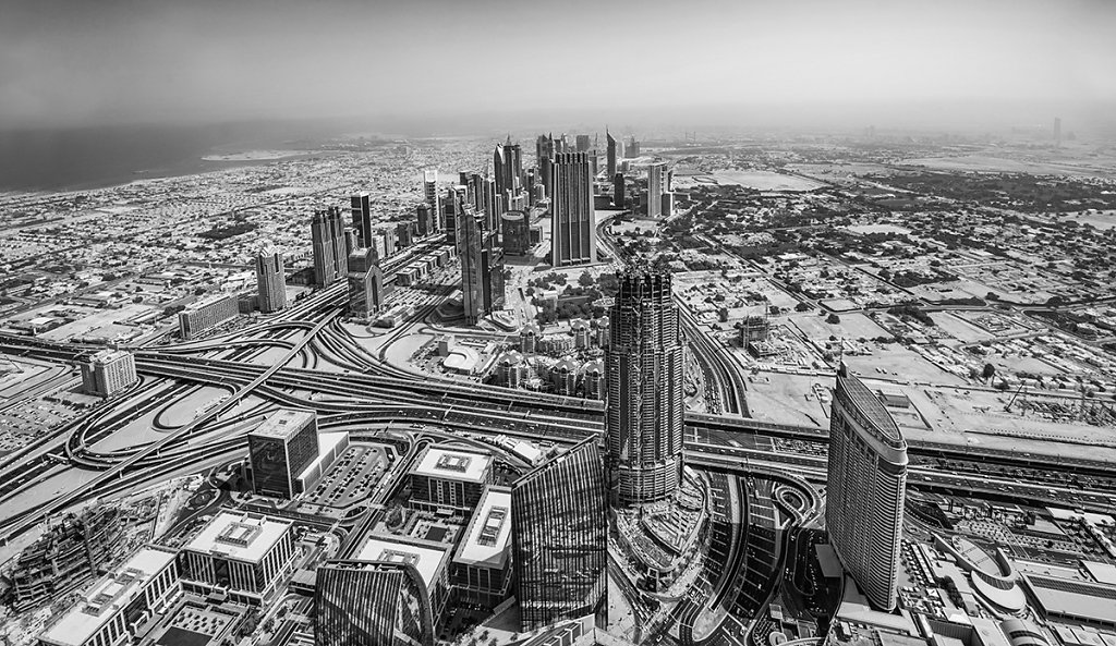 Dubai Skyline 2 - black/white